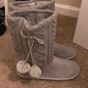 Grey Furry Winter Boots